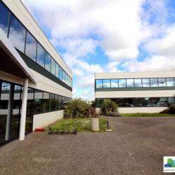 Location Bureau Bruguières 138 m²