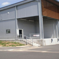 Location Local d'activités Saint-Viance 317 m²