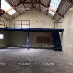 Location Local d'activités Petit-Couronne 180 m²