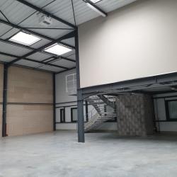 Location Local d'activités Genas 2175 m²