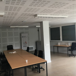 Location Bureau Saint-Quentin 230 m²