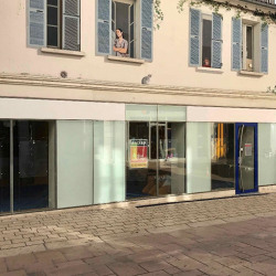 Location Local commercial Angoulême 120 m²