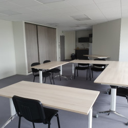 Location Bureau Saint-Contest 78,25 m²