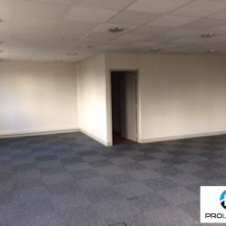 Location Bureau Maromme 850 m²