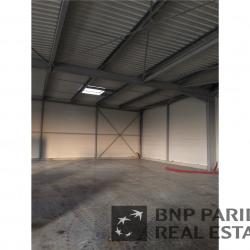 Location Local d'activités Parçay-Meslay 200 m²