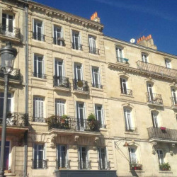 Vente Bureau Bordeaux 168 m²