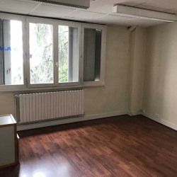 Location Bureau Paris 19ème 65 m²