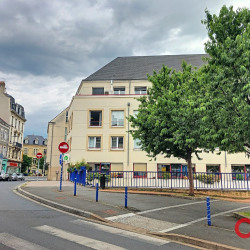 Location Local commercial Montluçon 80 m²
