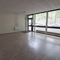 Location Local commercial Versailles 290 m²
