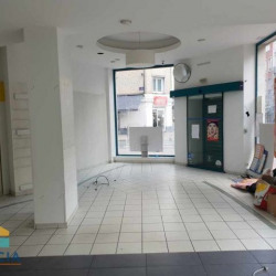 Location Local commercial Lille 101 m²