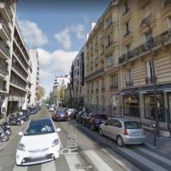 Location Local commercial Paris 16ème 47 m²