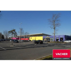 Location Local commercial Talence 325 m²