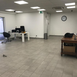Location Local commercial Saint-Maurice 130 m²