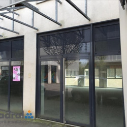 Location Local commercial Talange 90 m²