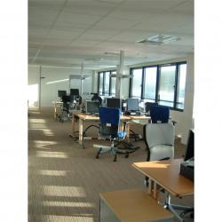 Location Bureau Tours 798 m²