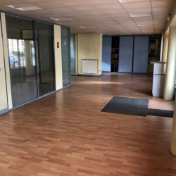 Vente Local commercial Clichy 145 m²