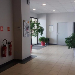 Location Local commercial Fontenilles 110 m²
