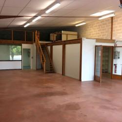 Location Local d'activités Jarnac 186 m²
