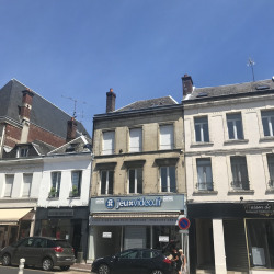 Location Local commercial Saint-Quentin 380 m²