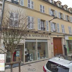 Location Local commercial Vincennes 174 m²