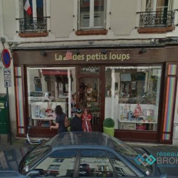 Location Local commercial Puteaux 90 m²