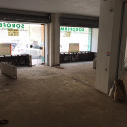 Location Local commercial Rouen 77 m²
