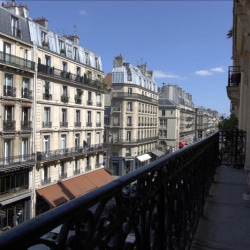 Location Bureau Paris 1er 63 m²