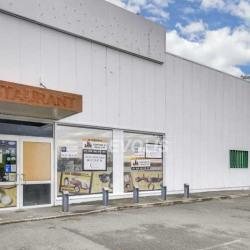 Location Local commercial La Ville-du-Bois 435 m²