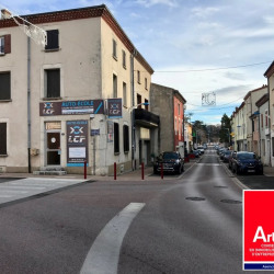 Location Local commercial Saint-Péray 83 m²