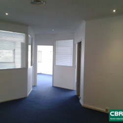 Location Bureau Lattes 130 m²