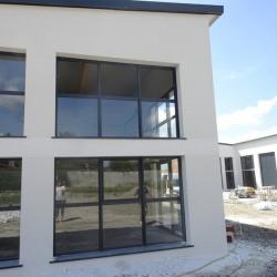 Location Local d'activités Fonbeauzard 330 m²