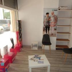 Location Local commercial Hyères 45 m²