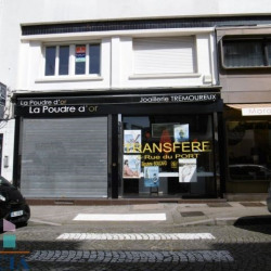 Location Local commercial Lorient 60 m²