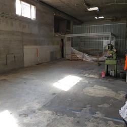 Location Entrepôt Saint-Laurent-du-Var 225 m²