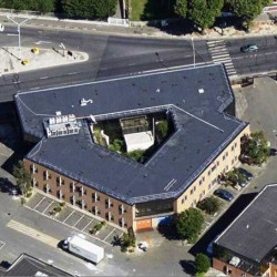 Location Local d'activités Saint-Denis 2630 m²