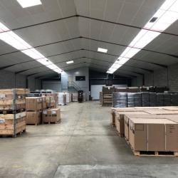 Location Entrepôt Vern-sur-Seiche 1900 m²