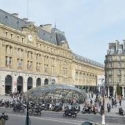 Vente Local commercial Paris 8ème 58 m²