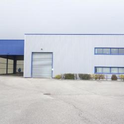 Location Local d'activités Colombe 1102 m²