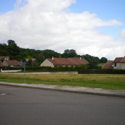 Terrain  de 682 m²  Nogent  (52800)