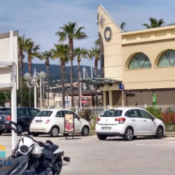 Location Local commercial Cavalaire-sur-Mer 38 m²
