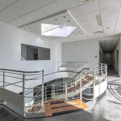 Vente Bureau Buc 118 m²