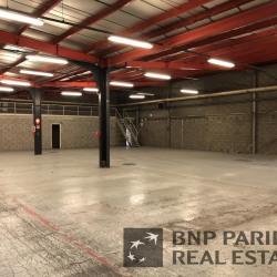 Location Local d'activités Saint-Étienne-du-Rouvray 840 m²