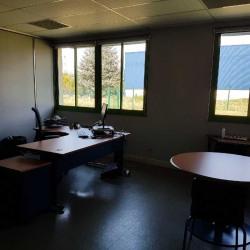 Location Bureau Saint-Ouen-l'Aumône 683 m²