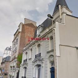 Vente Local d'activités Courbevoie 206 m²