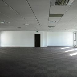 Location Bureau Nîmes 2220 m²