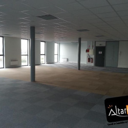 Location Bureau Nogent-le-Phaye 131 m²