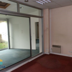 Location Local commercial Chartres 225 m²