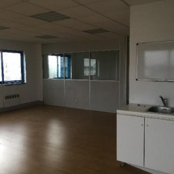 Location Bureau Lisses 34 m²