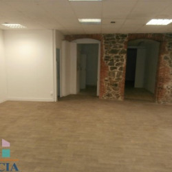 Location Local commercial Vienne 100 m²