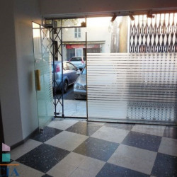 Location Local commercial Pierrelatte 48 m²